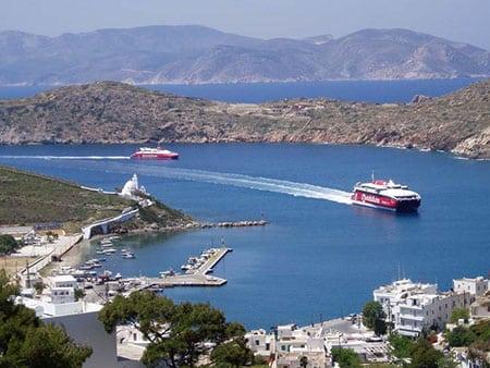 Греция, Иос: транспорт и жилье