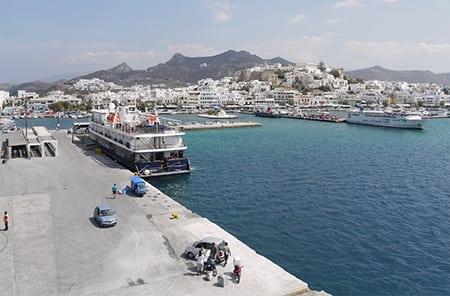 Греция, Наксос: местная кухня и развлечения