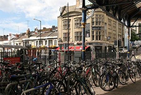 По Великобритании: автостопом или на велосипеде