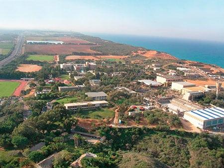 Средиземноморское побережье в центре Израиля