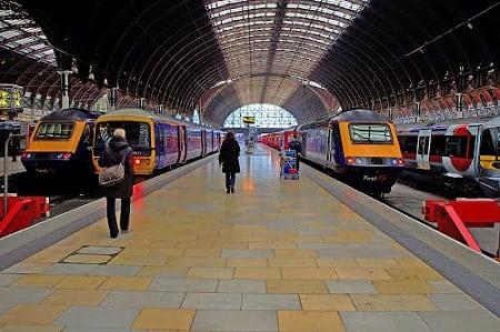 Британский железнодорожный транспорт