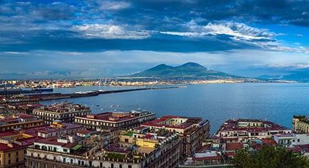 Неаполь общая информация