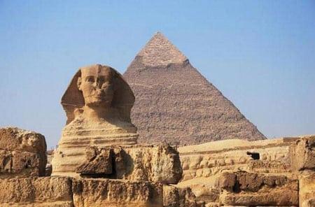 Пирамиды Гизы и Сфинкс (Египет)