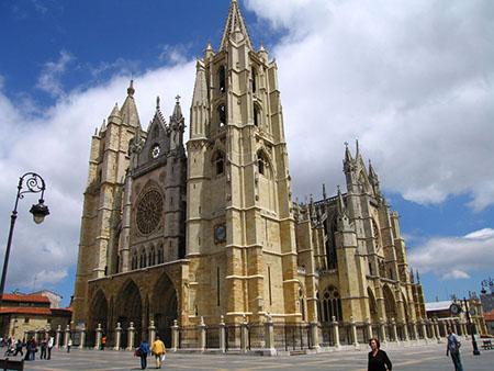 Испанский город Леон